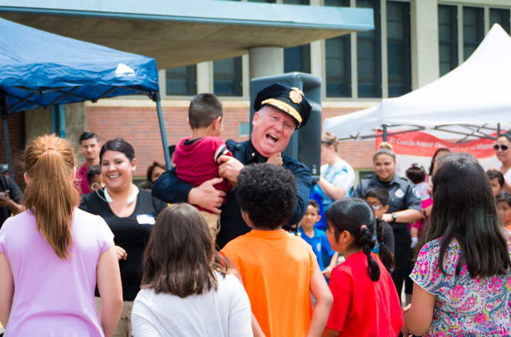 Denver sheriff with kids